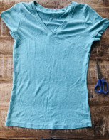 Upcycle T-shirt scarf